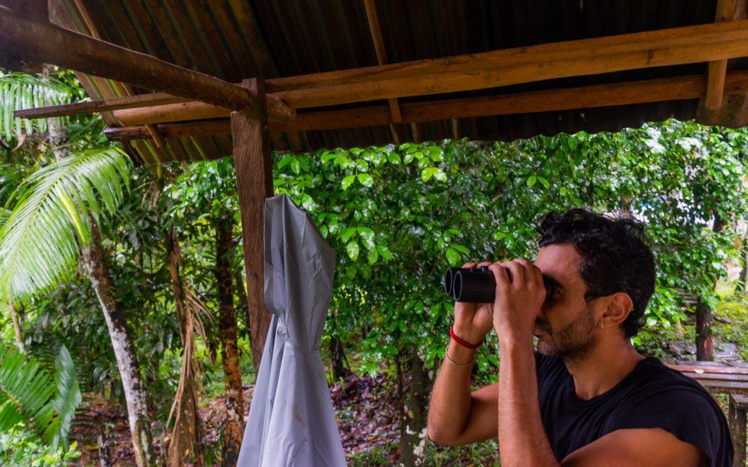 Birdwatcher aficionado y ambientalista: Farouk Sayegh Fotógrafo: Julián Andrés Alzate @jul_an_alzate